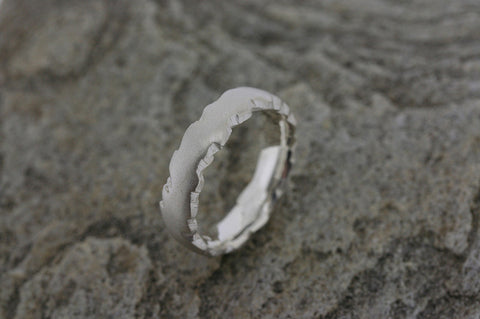 Highland Edged Ring