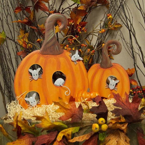 Orange Pumpkins with Mice