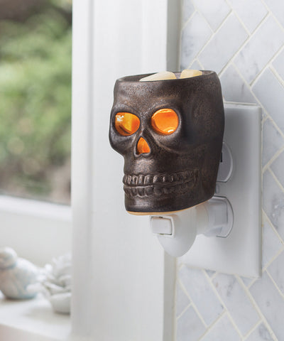 Skull Outlet Wax Fragrance Warmer - Holt Bros. Mercantile  - 1