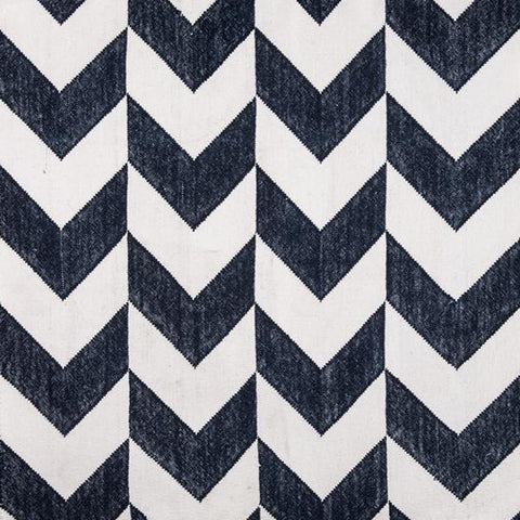 Arrow Chevron Charcoal / Off White