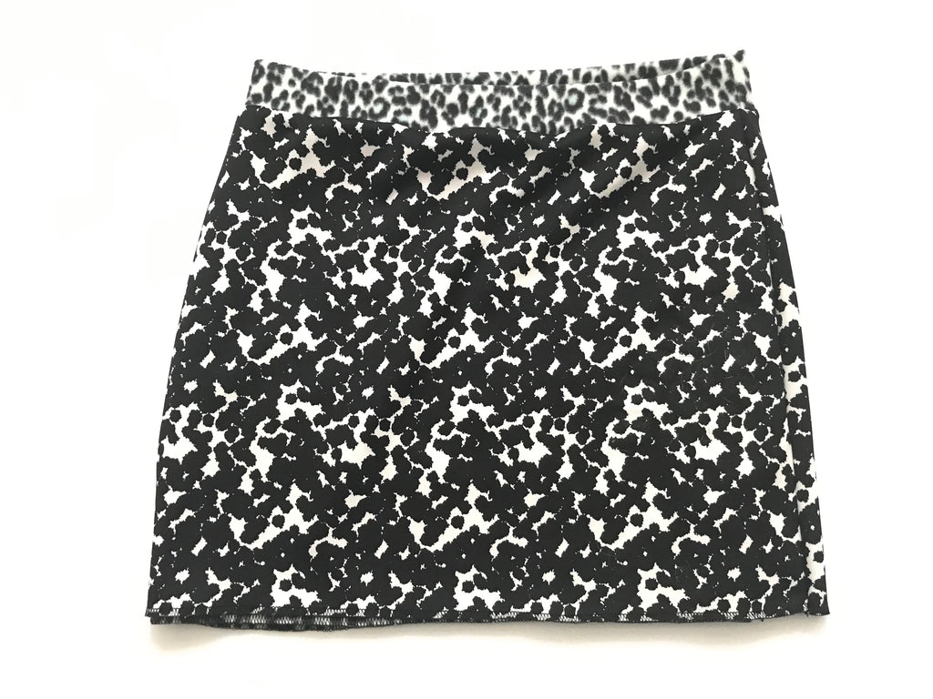 Bum Warmers- Black & White w/ Leopard