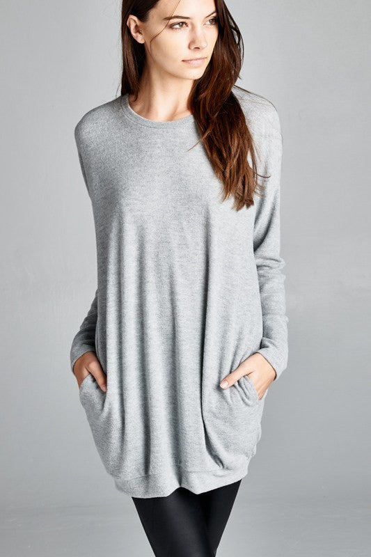 Made in the USA Women's Heather Grey Pocket Tunic Closeup