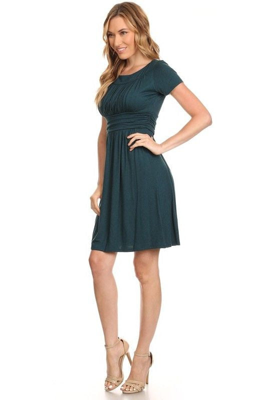 American Made Women's Green Short Sleeve Ruched Bodice Dress Side Alt