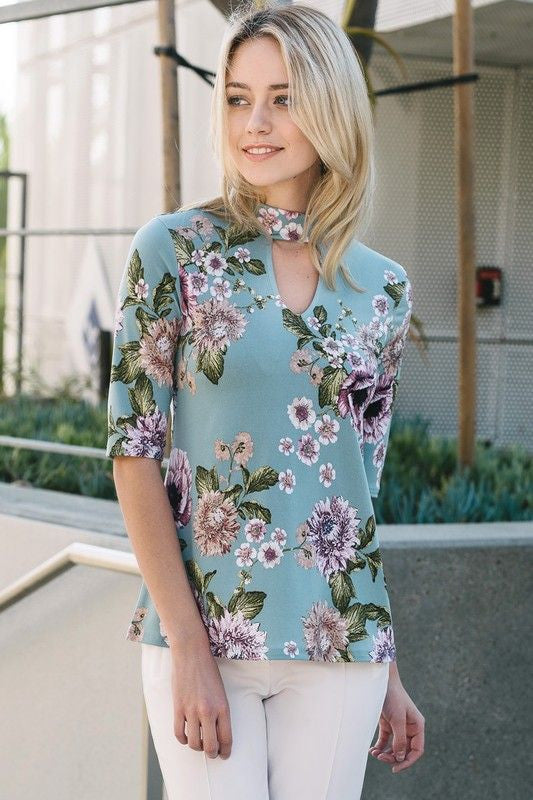 American Made Women's Floral Print Keyhole Neckline Top