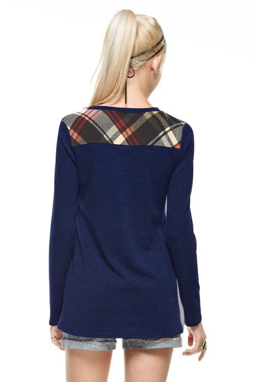 Made in USA Women's Navy Plaid Top Back Example