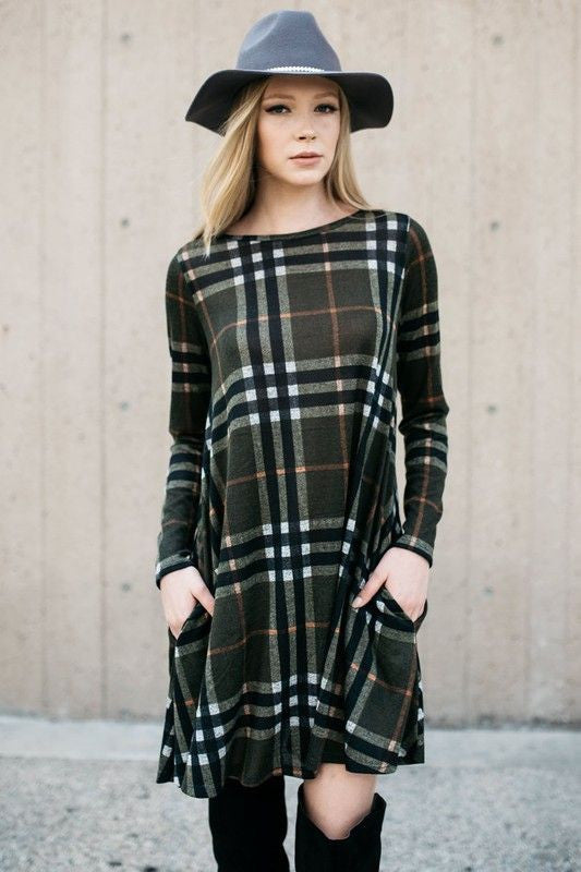 Made in USA Women's Green Plaid Sweater Swing Dress Front