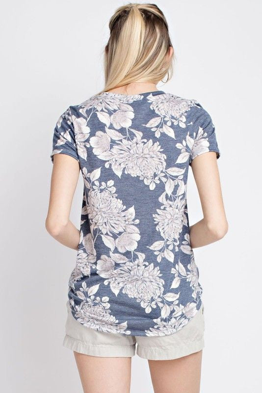 American Made Women's Navy Retro Floral Print Tee Back