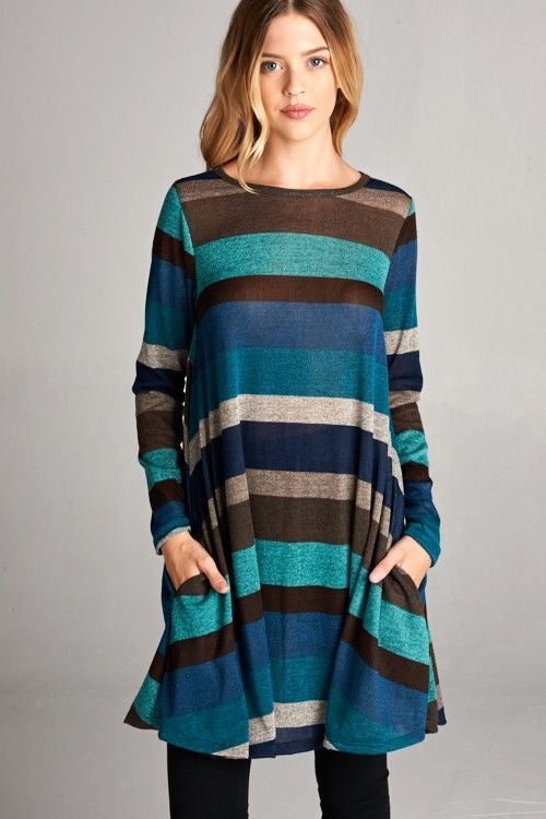 American Made Women's Blue Striped Swing Dress with Pockets