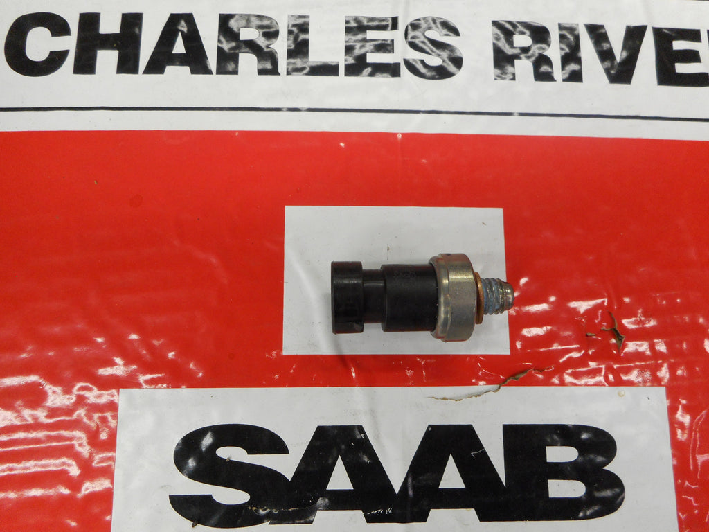 "Saab Genuine  Oil Pressure Switch. 2003 + ""93"" With B207 4 CYL Engine. P/N 12635992. - Saab Parts Depot"