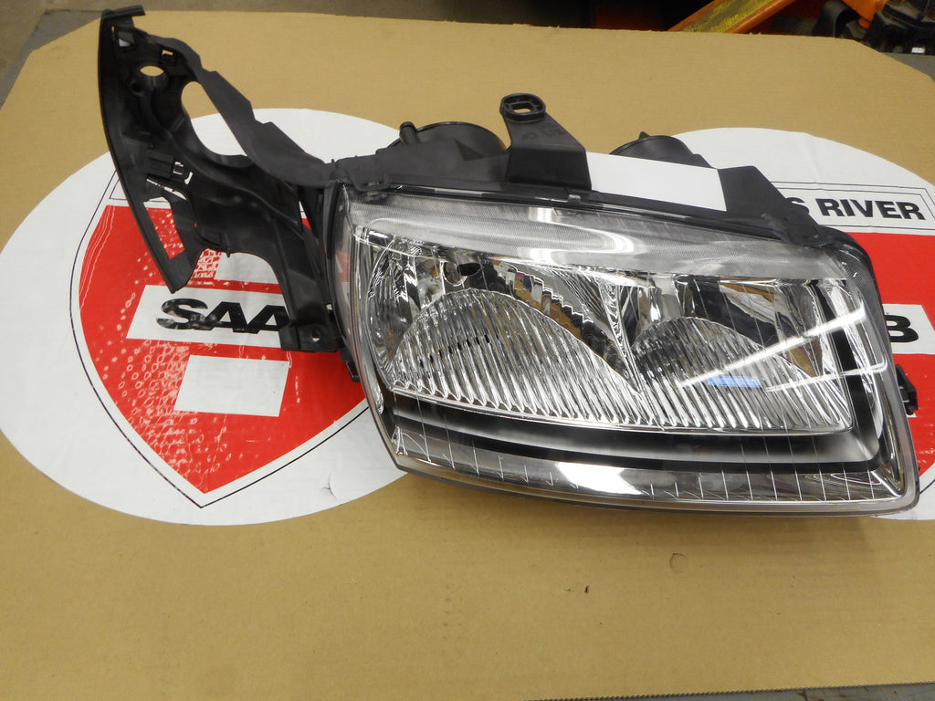 Saab OE Right Side New Halogen Headlamp Assembly. P/N 5337928. - Saab Parts Depot