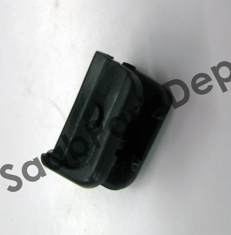 Headlight Wiper Clip (9558149) - 9-3, 9-5, 900 - Saab Parts Depot