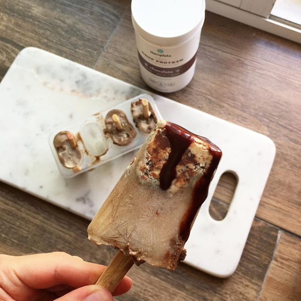 Popsicles with hemp protein and ice cream