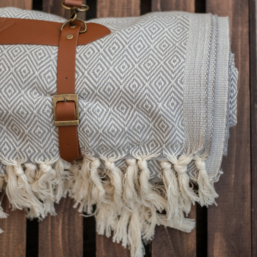 "HANDLOOM ""ADVENTURE BLANKET"" - JD LUXE"