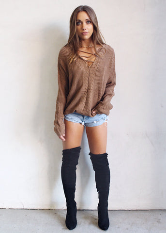 CAFE CRISS CROSS SWEATER