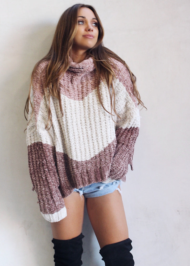 MOLLY RAYE TURTLENECK SWEATER