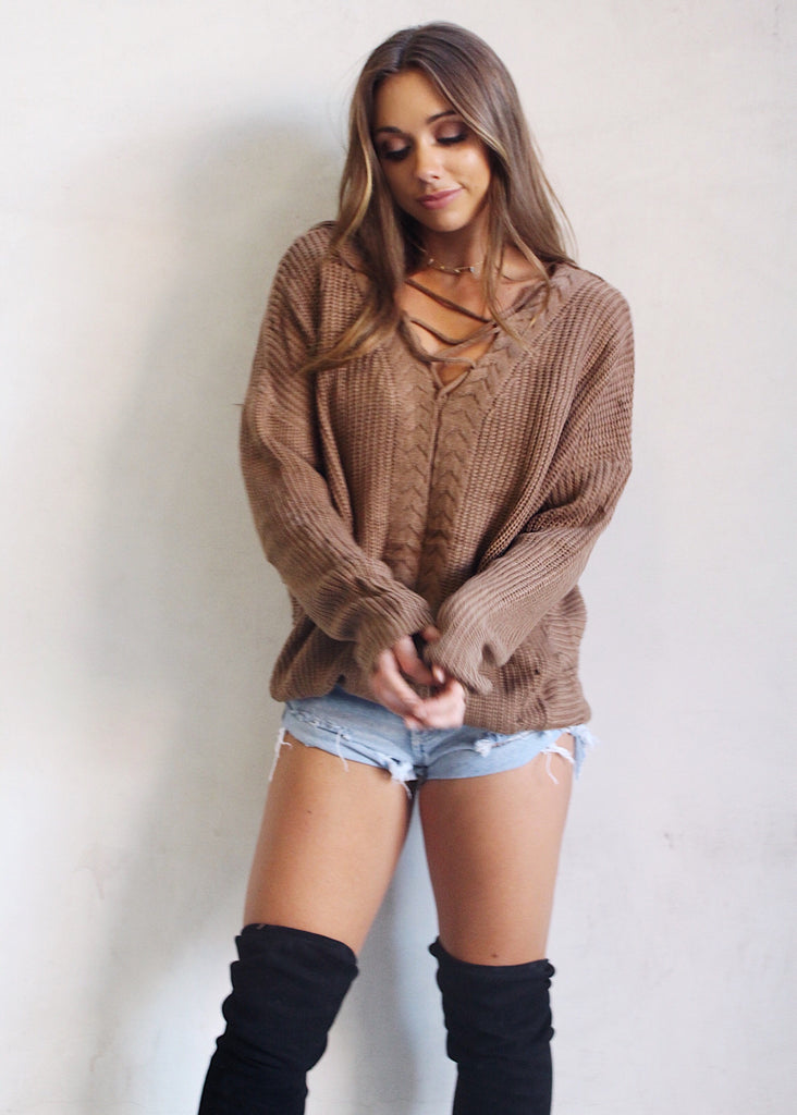 CAFE CRISS CROSS SWEATER - JD LUXE