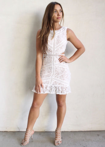 NEICE LACE DRESS