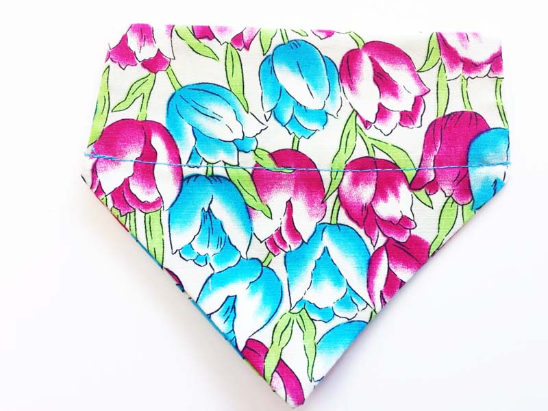 Bloomin' Tulips Cat & Kitten Bandana by Mabel & Mu