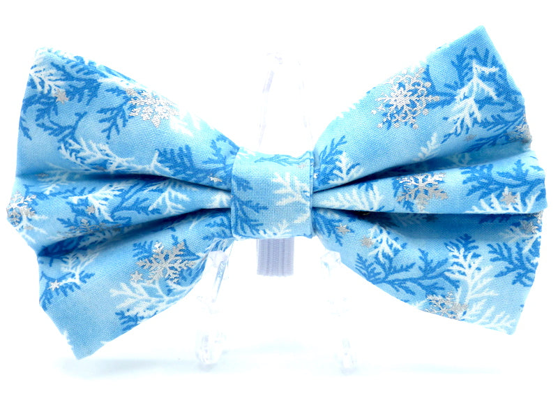 "Dog Collar Bow / Bow Tie   ""Frozen"""