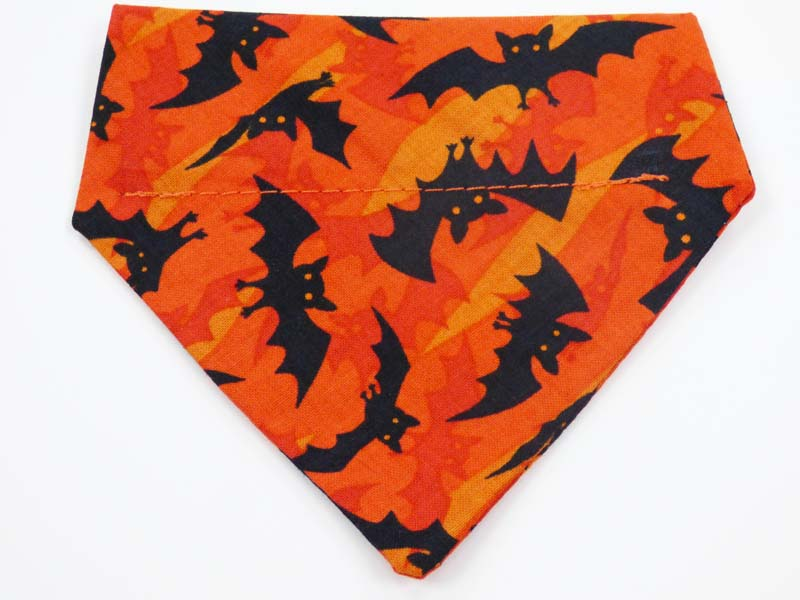 "Dog & Cat Bandana""Bats Galore"" Orange"