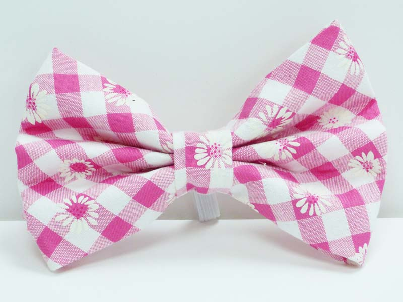 "Cat & Kitten Bow tie ""Daisies"" by Mabel & Mu"