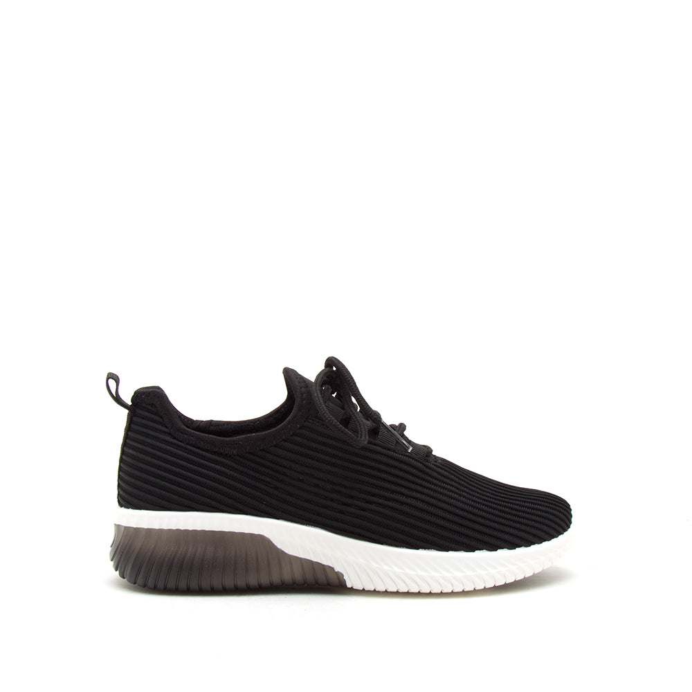 TANK-01 BLACK FLY KNIT 1/2 VIEW