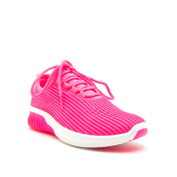 TANK-01 NEON FUCHSIA FLY KNIT 1/4 VIEW
