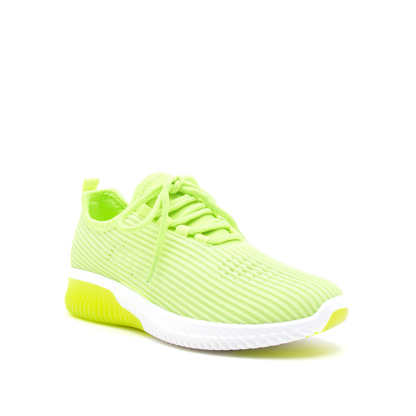 TANK-01 NEON YELLOW FLY KNIT 1/4 VIEW