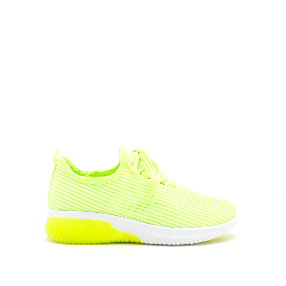 TANK-01 NEON YELLOW FLY KNIT 1/2 VIEW