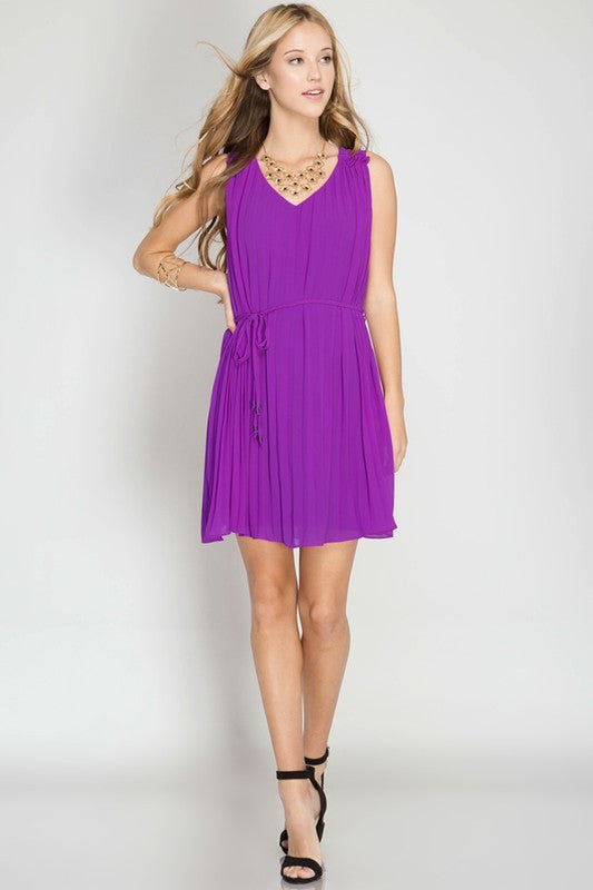purple dress with pleats, lining, vneck