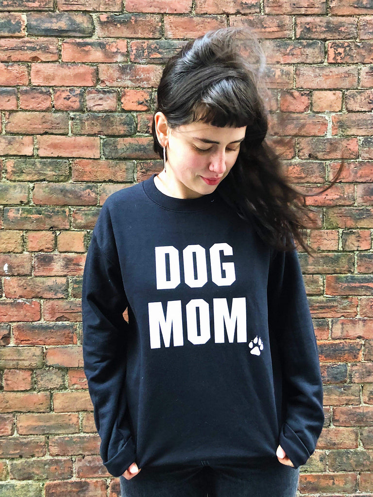 Dog Mom - Black With White Print