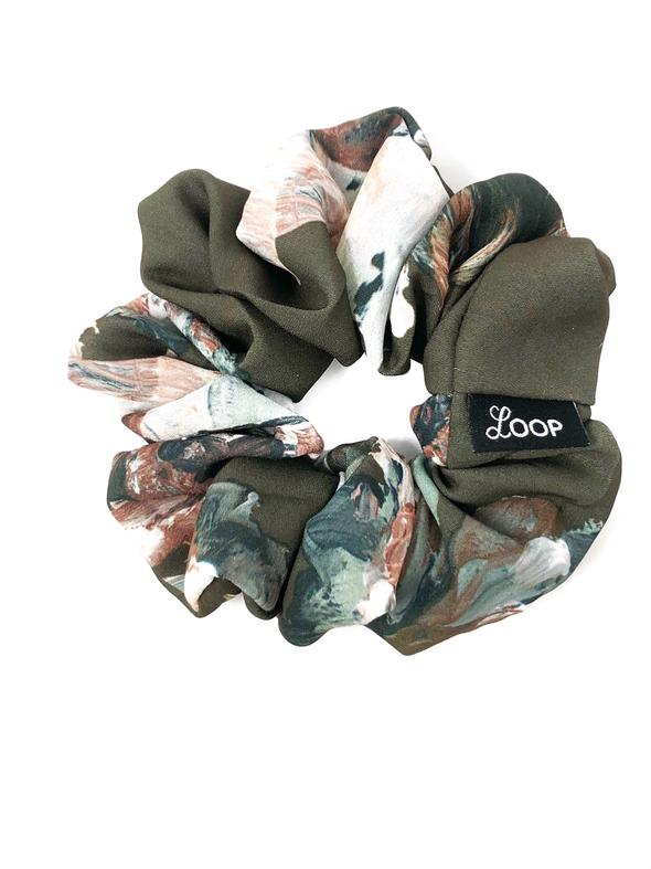 Loop Scrunchies - Floral Wreath Scrunchie
