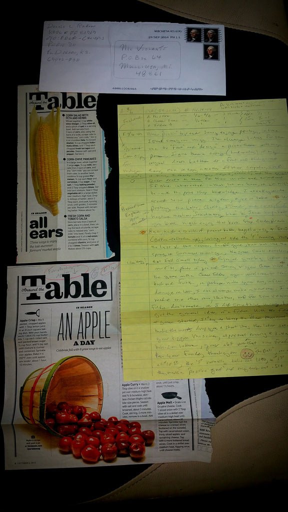 DENNIS RADER (BTK) letter envelope and newspaper clippings