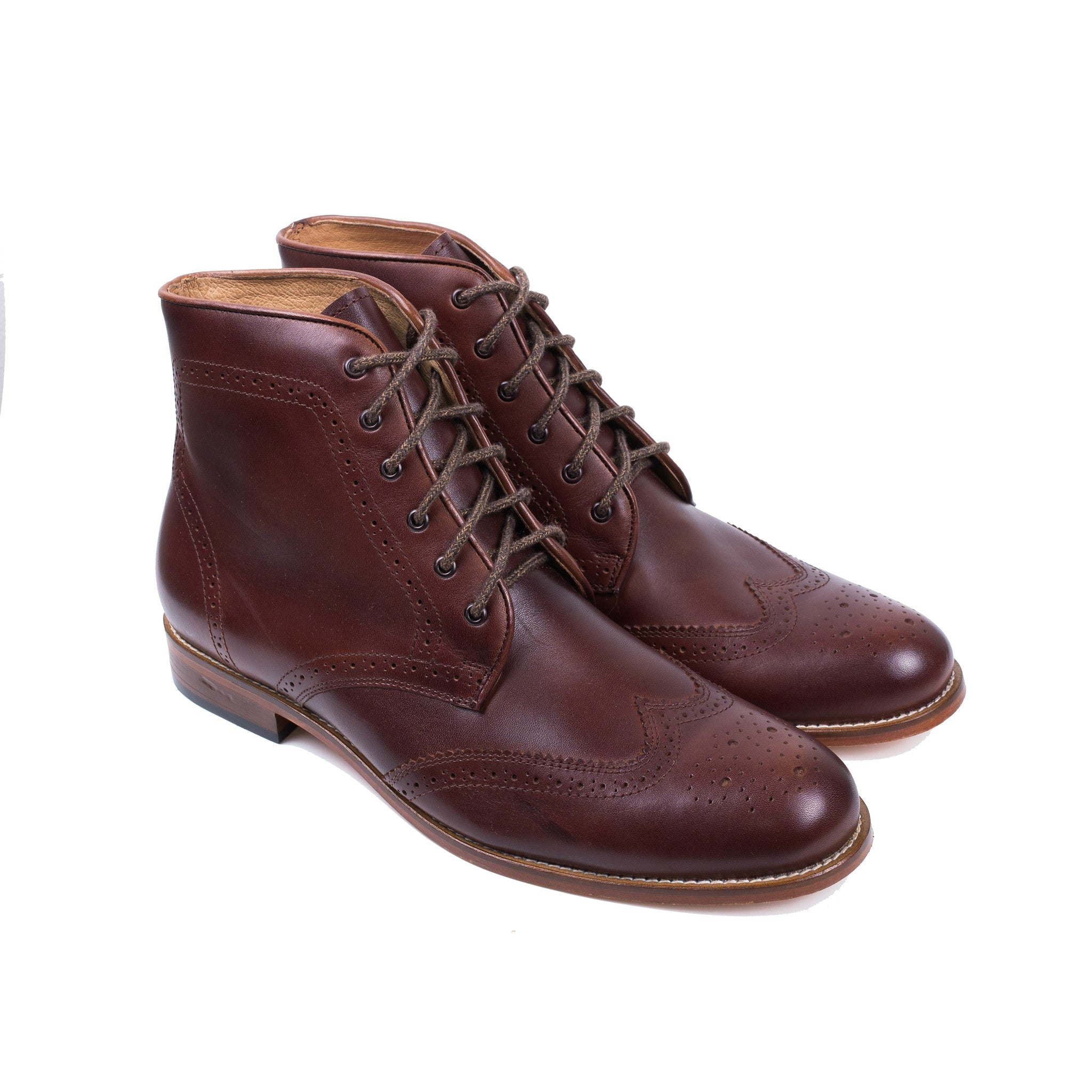 Wingtip Boot in Chocolate