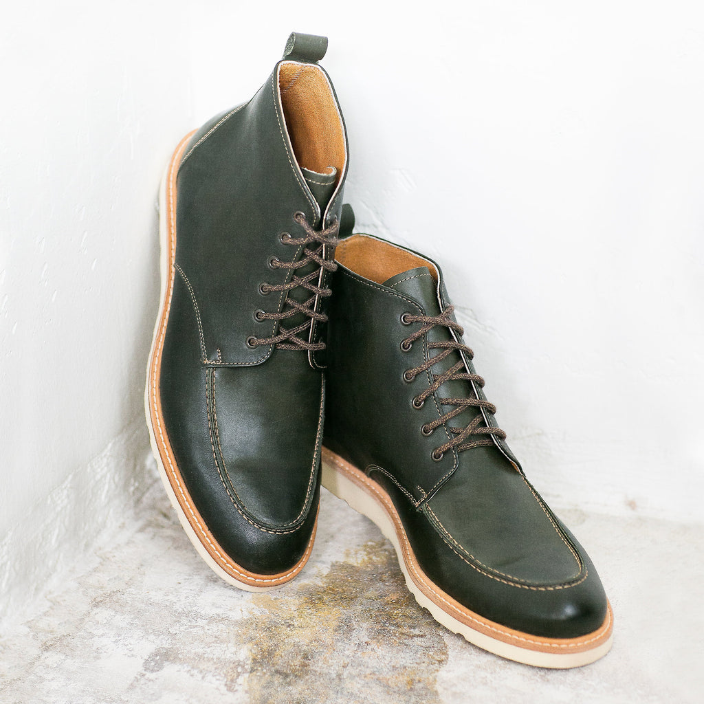 Moc Toe Boot in Hunter Green