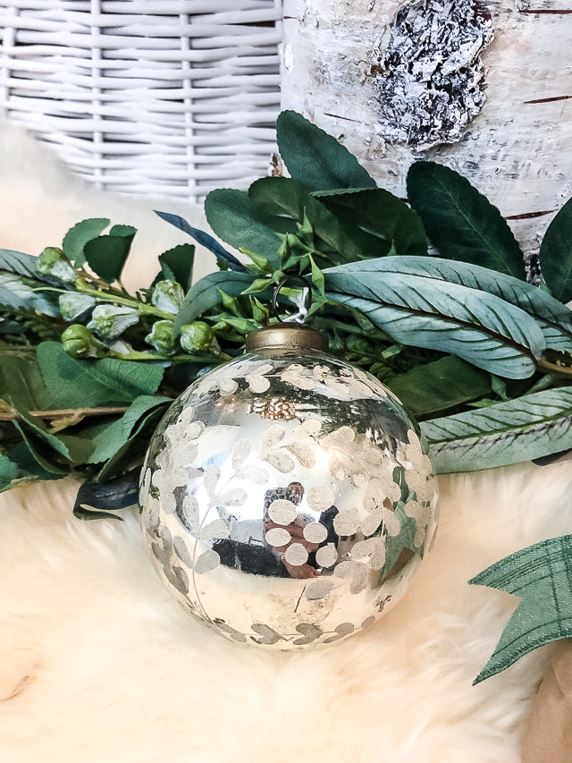 "4"" Etched Mercury Glass Ball Ornament (Medium)"
