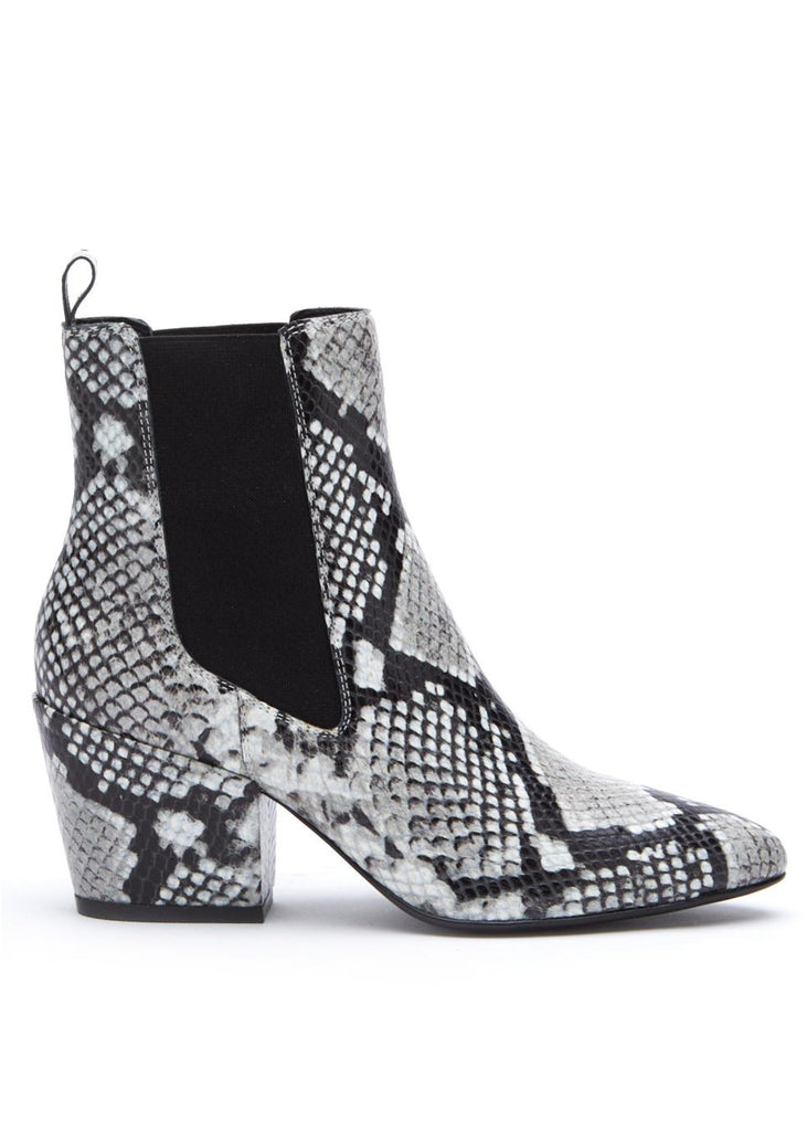 black and white sknakeskin boots