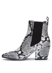 black and white sknake print boots