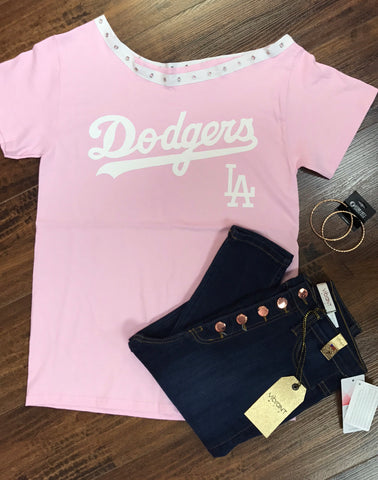 Dodgers Off the shoulder
