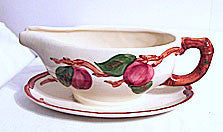 Gladding McBean, Franciscan Apple (USA) - Gravy w/ Attached Underplate