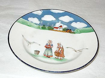 Royal Bayreuth - Brittany Women - Small Plate 6""
