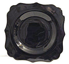 "Diamond Glass Co. Black Glass - Charade (#99) - 8"" Plate"