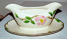 Gladding McBean - Franciscan - Desert Rose (USA) - Gravy Boat w/ Attached Underplate 9""
