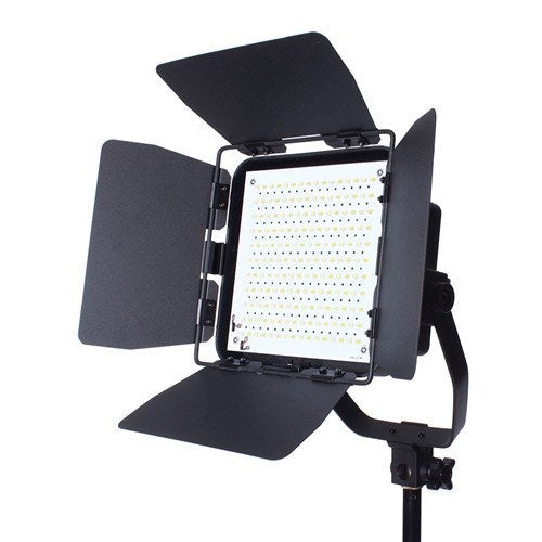 StudioPRO Premium Spot Daylight LED Rectangle With Barndoors -  - 1