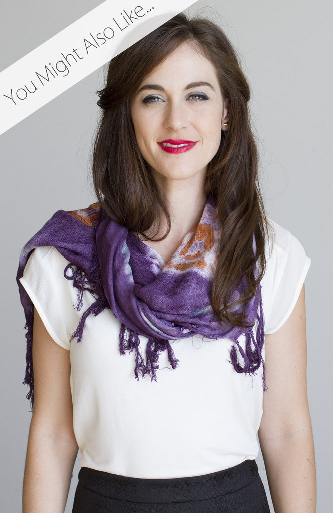 Medallion Wash Scarf in Plum