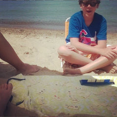 Rummikub on the beach