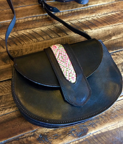 Pamela V Medium Saddle Bag