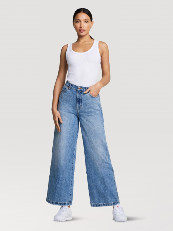 Wrangler Worldwide 661 High Rise Wide Leg Jean
