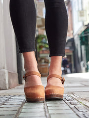 Lotta from Stockholm Brown Oiled Highwood Clog