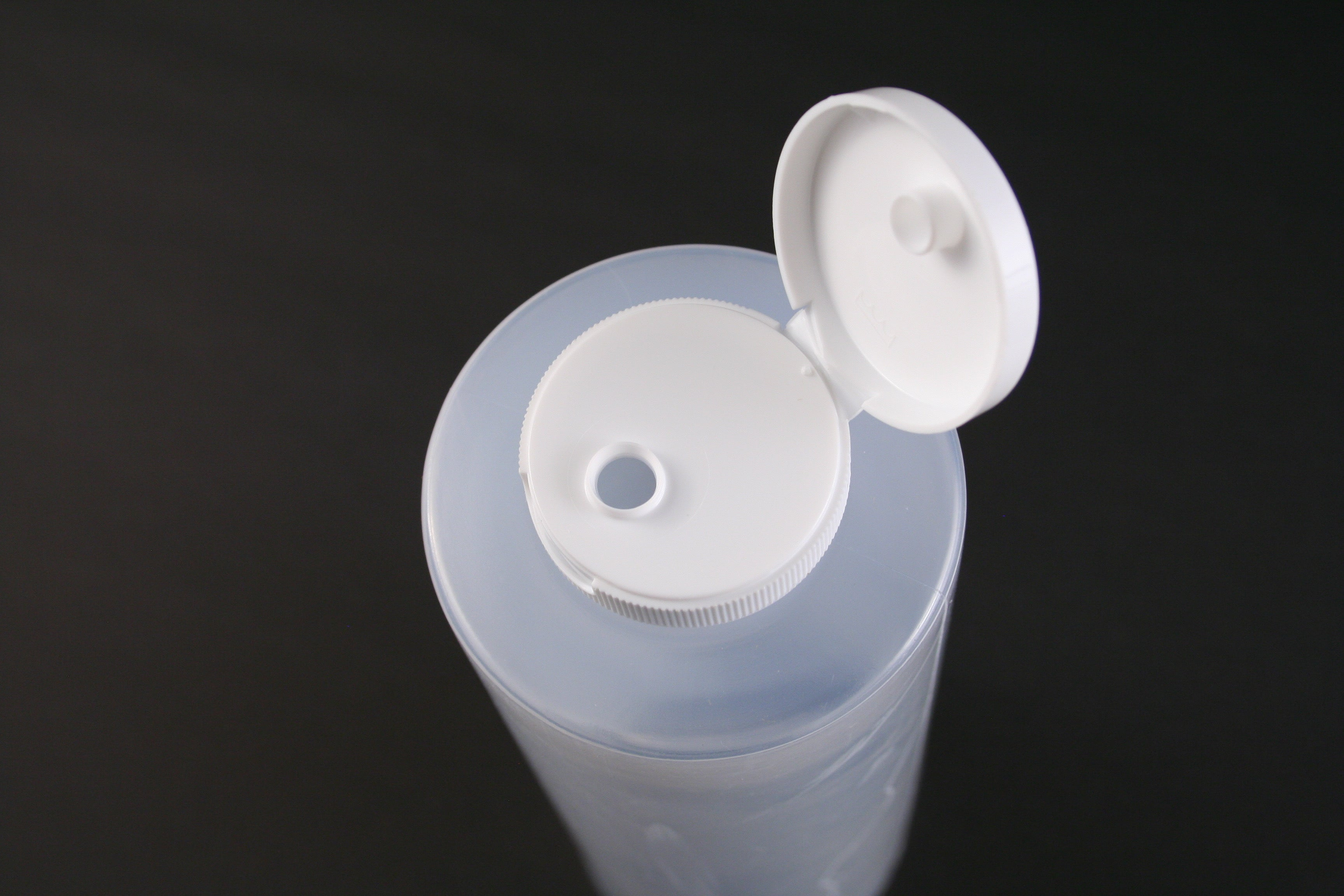 24oz Hinged Lid Squeeze Bottle